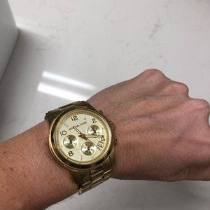 EUC Michael Kors Watch